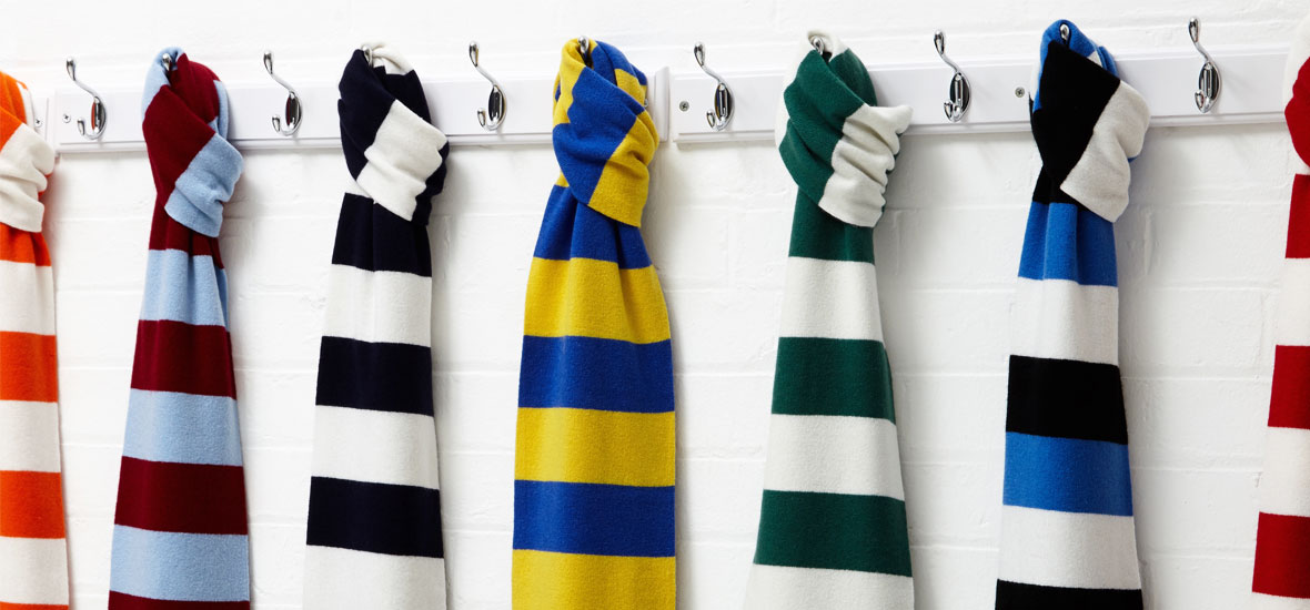 e735109c60640 Football Scarves from TOFFS